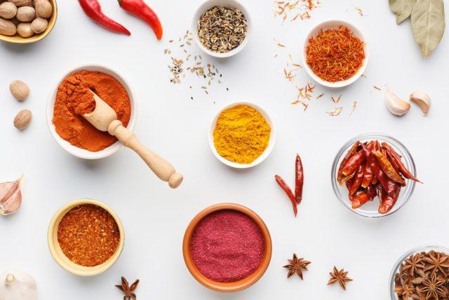 Secrets des chefs cuisiniers : utiliser des épices fraîches