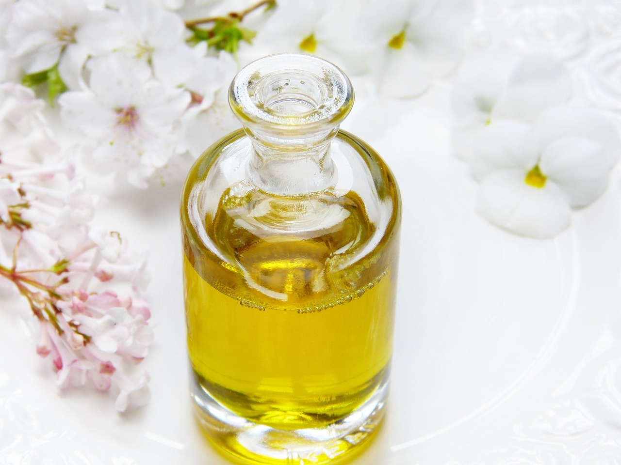 L'huile de ricin pour faire pousser les cils et sourcils
