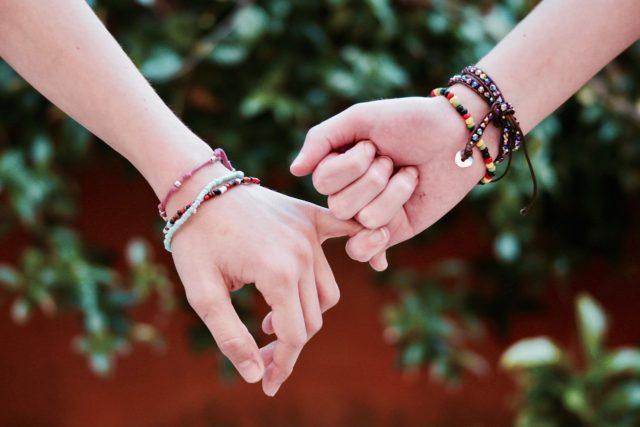 Les bracelets pour rehausser votre look