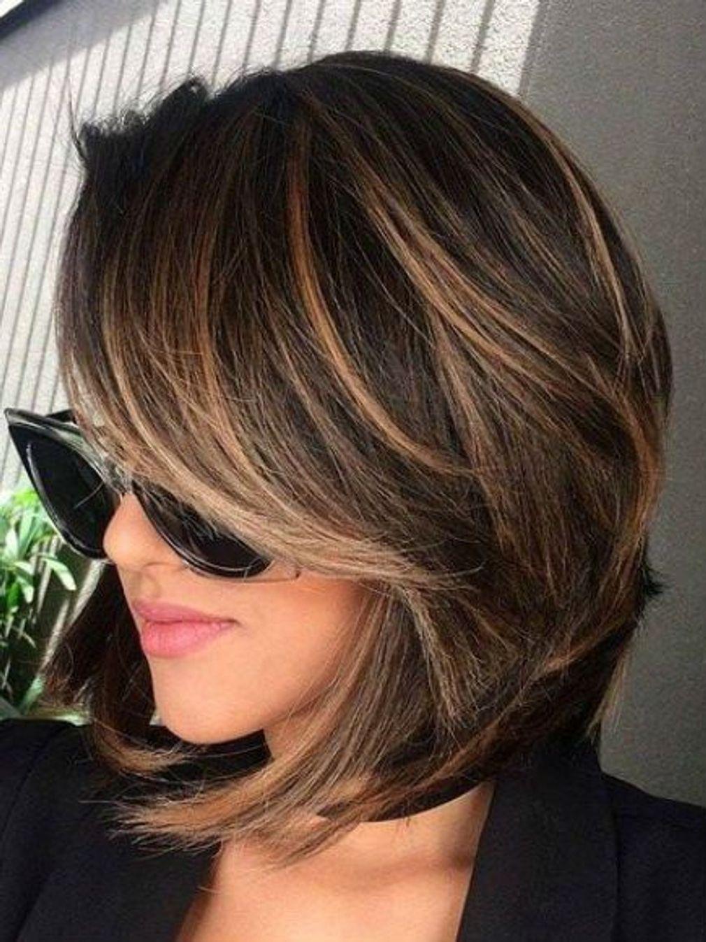 Carre Plongeant Effile Coupe Courte Femme 2020 Tendance | Coiffures Cheveux Longs