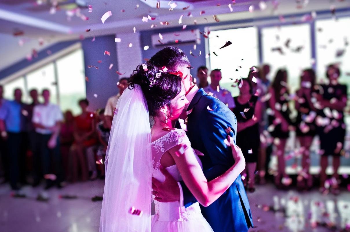Organisation de mariage: comment choisir le meilleur DJ?