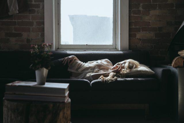 Couchsurfing dormir sur le canapé