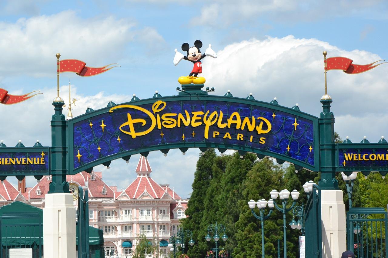 Comment préparer un séjour à Disneyland Paris ?