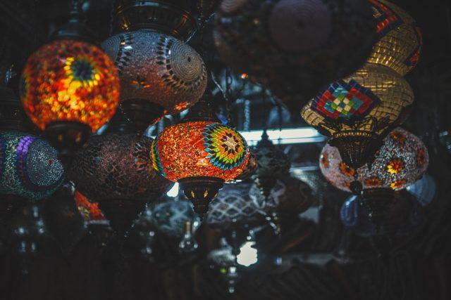 Luminaires ethniques