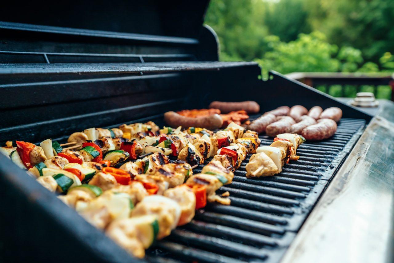 Barbecue à électrique, à gaz ou à charbon ?