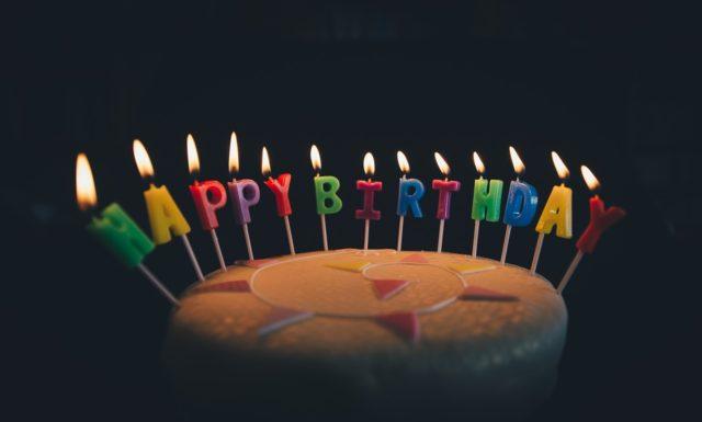Gâteau d'anniversaire déco