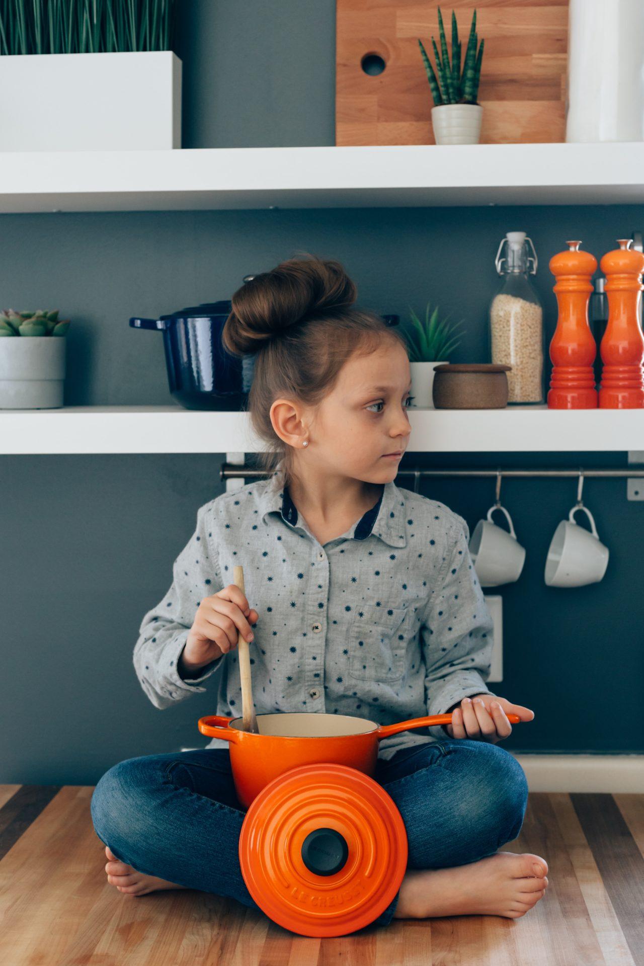 À partir de quel âge doit-on initier les enfants à la cuisine ?