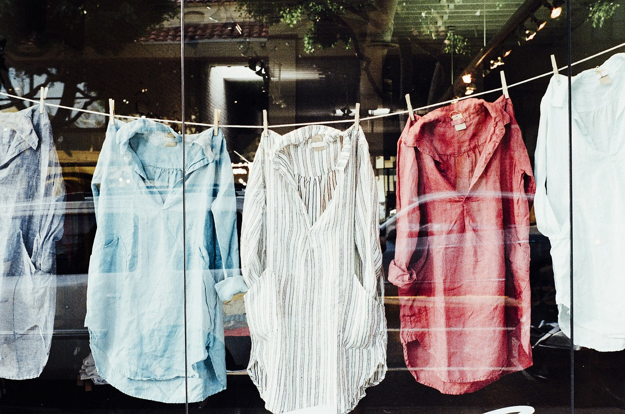 Conserver la couleur de nos vêtements : tous nos conseils