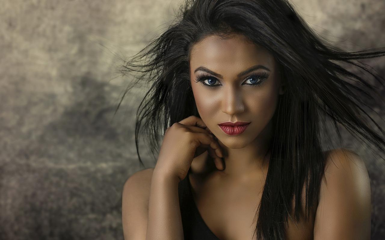 Comment se maquiller quand on a la peau mixte ou noire ?