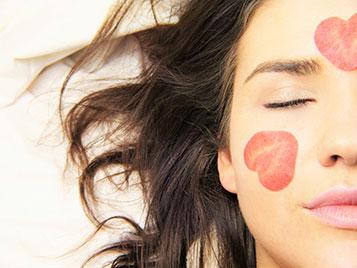 Maquillage bio : restez toujours belle sans compromettre votre santé !