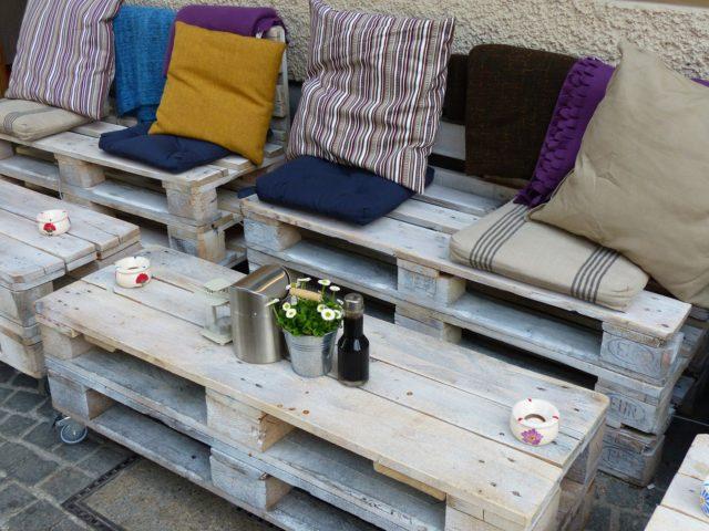 Idée de meuble avec une palette en bois