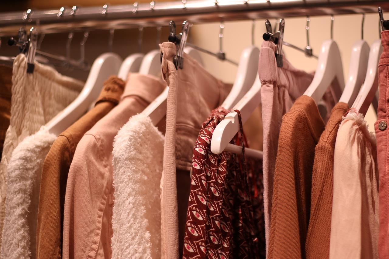 Les vêtements des créateurs de mode